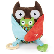 Treetop Friends Hug & Hide Owl Activity Toy