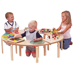 Circel of Fun Table