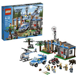 LEGO® City Forest Police Station (4440)