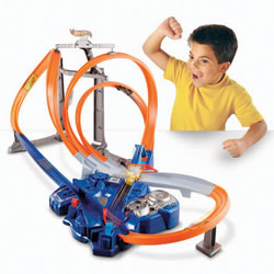 Hot Wheels® Triple Track Twister Track Set