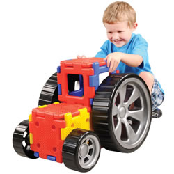 Giant Polydron with Wheels (32 Piece Set)