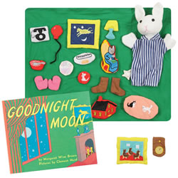 Good Night Moon Story Set and Book